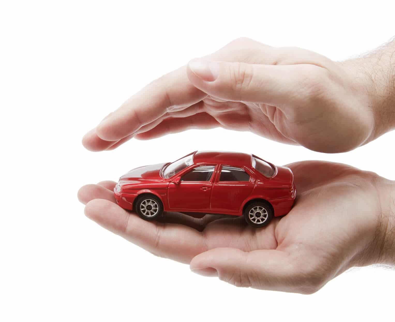 Assurance auto : pourquoi faut-il y souscrire ?